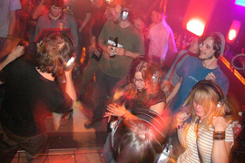 OLLIWOOD PRODUCTIONS - Referenzen - Silent Disco - Indoor